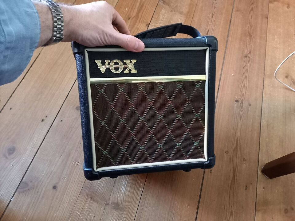 Guitarcombo, Vox DA5, 5 W