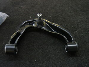 For NISSAN NAVARA 2.5 TD D40 FRONT RIGHT TOP UPPER WISHBONE CONTROL ARM COMPLETE