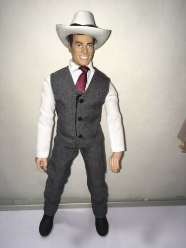 DALLAS J.R EWING WHO SHOT J.R  12 INCH ACTION FIGURE LOOSE NEW Larry Hagman