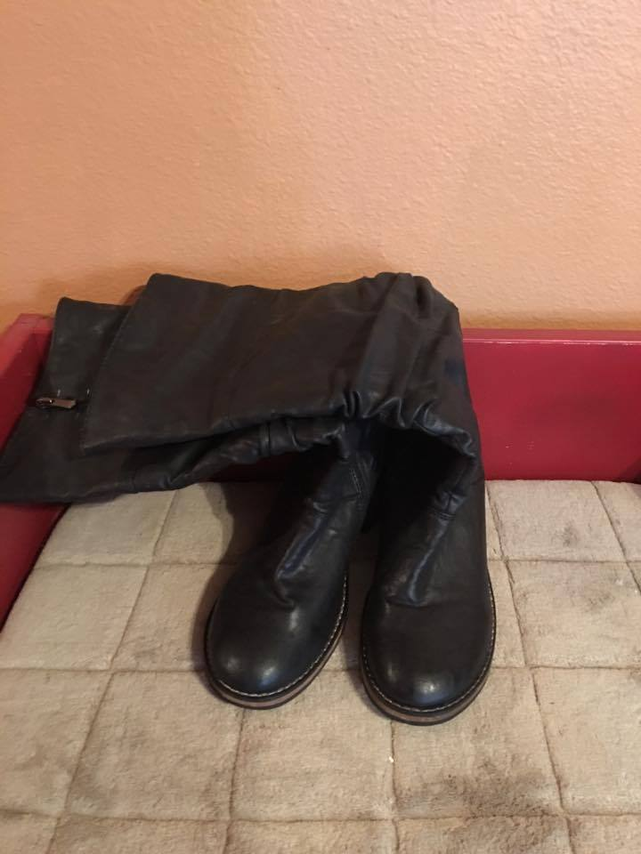 """WANTED BRAND KNEE HIGH BLACK LADIES BOOTS WITH 2"""" HEELS GENTLY USED SIZE 7"""