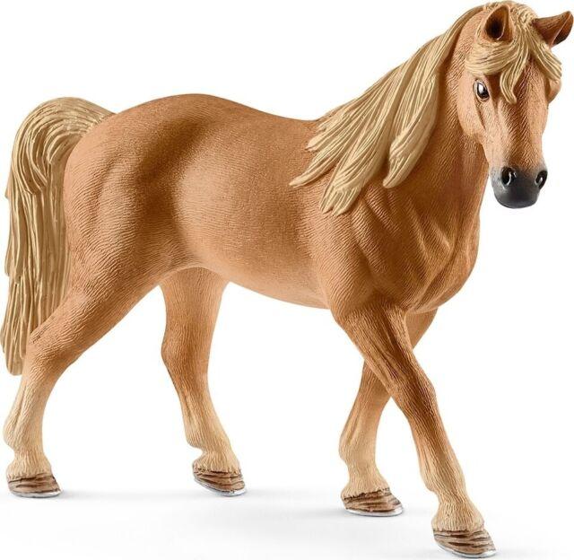 Horse Club 13833 Schleich Tennessee Walker Mare Figure