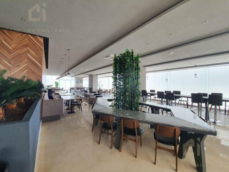 Lujosas oficinas disponibles en la Torre Exertia con vista al WTC