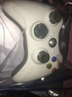 Official Genuine OEM Microsoft xbox 360 Wireless Controller Black And White (2)