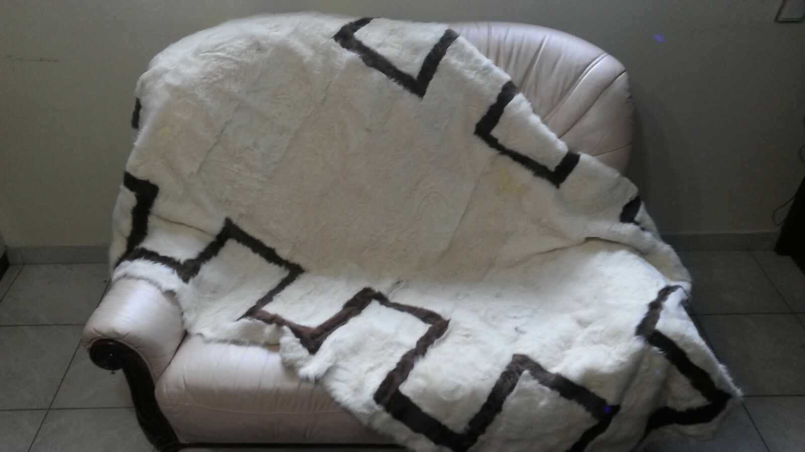 Luxury bianca And And And marrone Astrakhan Fur Throw Real Lamb Fur Blanket / Bedspread 1fd0e6