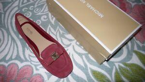 Michael-Kors-Caroline-Casual-Moccasins-flat-Red-sz-8-5-M-women-shoes-suede-moc