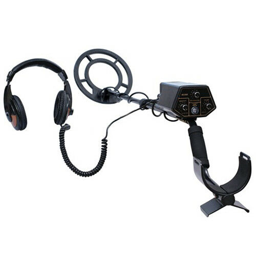 Treasure Cove TC7010 10m Waterproof Metal Detector with Headphones