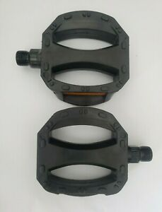 """ROAD MOUNTAIN MTB ATB BICYCLE BIKE PEDALS NYLON CAGE 9//16/"""" PAIR"""