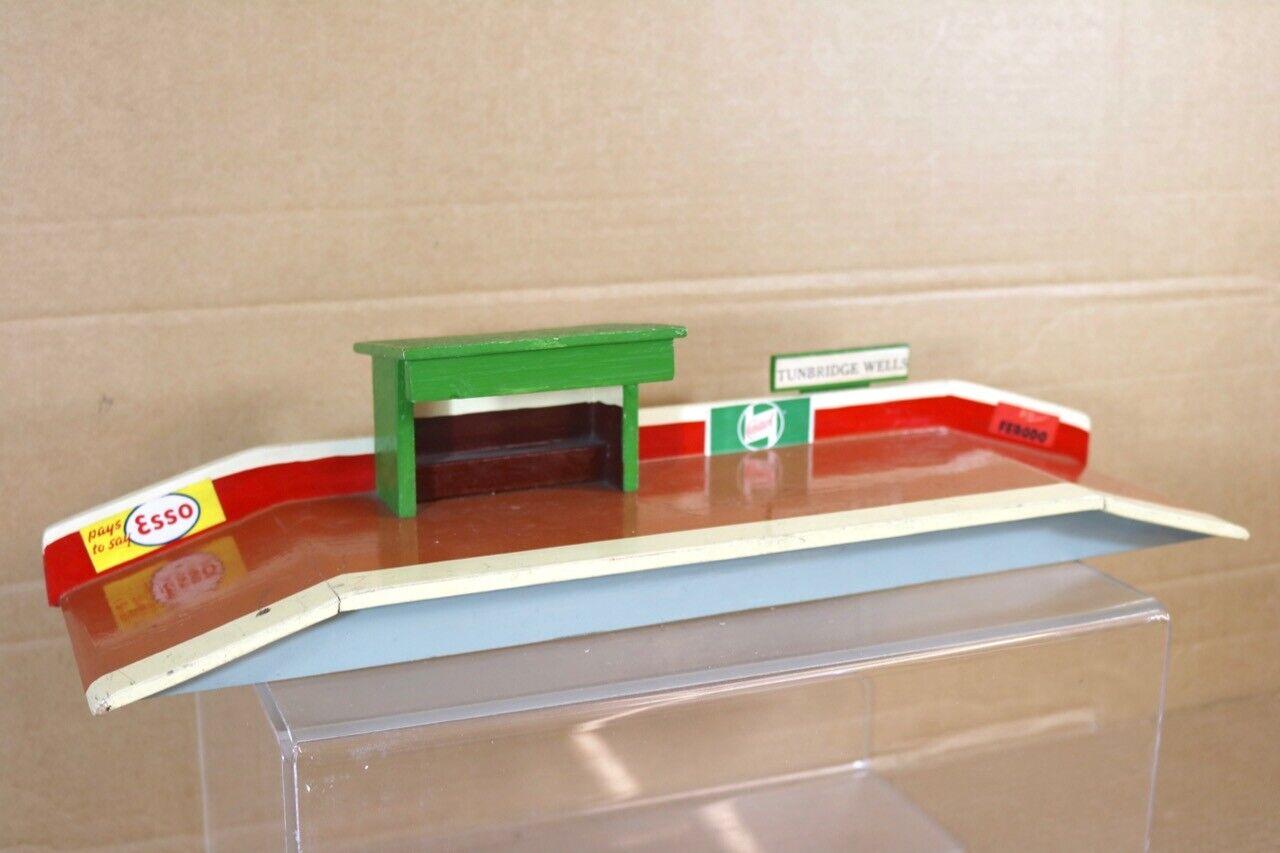 KIT BUILT O GAUGE VINTAGE TUNBRIDGE WELLS COUNTRY STATION PLATFORM WAITING ROOM