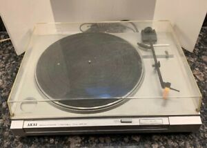 Vintage-Akai-AP-A1-Belt-Drive-Turntable-Record-Player-Phonograph-For-Parts-ONLY