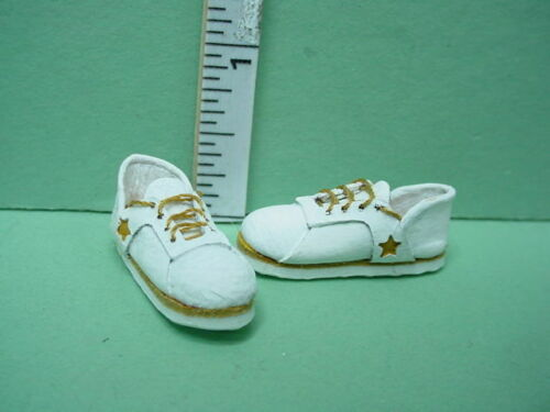 1//12th Scale Prestige Dollhouse Miniature White Handcrafted Sneakers wi Star