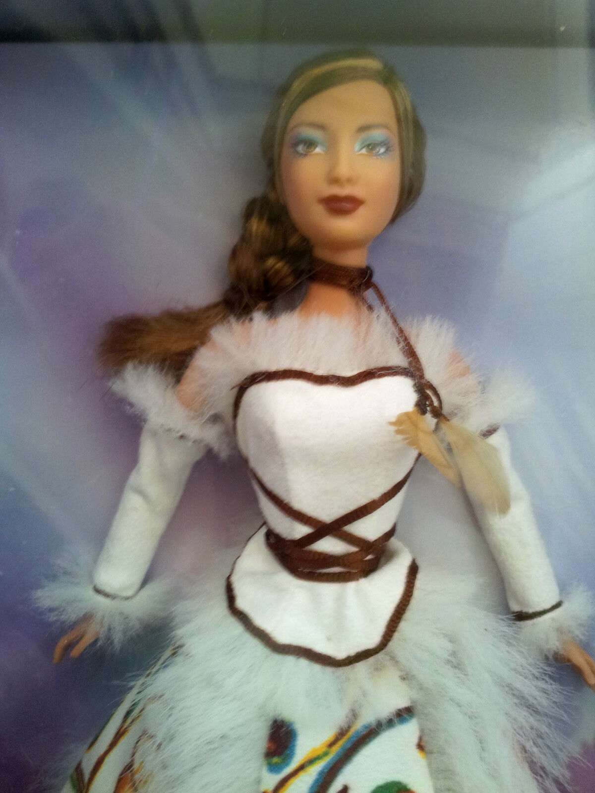Rareza FIRMADO Inuit leyenda Barbie-oro Label