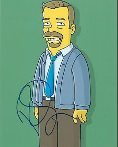 RICKY-GERVAIS-SIGNED-8X10-PHOTO-AUTHENTIC-AUTOGRAPH-THE-SIMPSONS-THE-OFFICE-COA