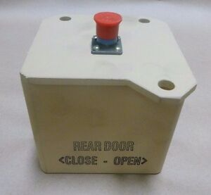 bae systems 4294585 rear door open close switch box mrap cat 2 5895 rh ebay com