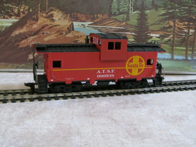 1/87 HO Athearn #5367 Santa Fe Wide Vision Caboose Built New in Box
