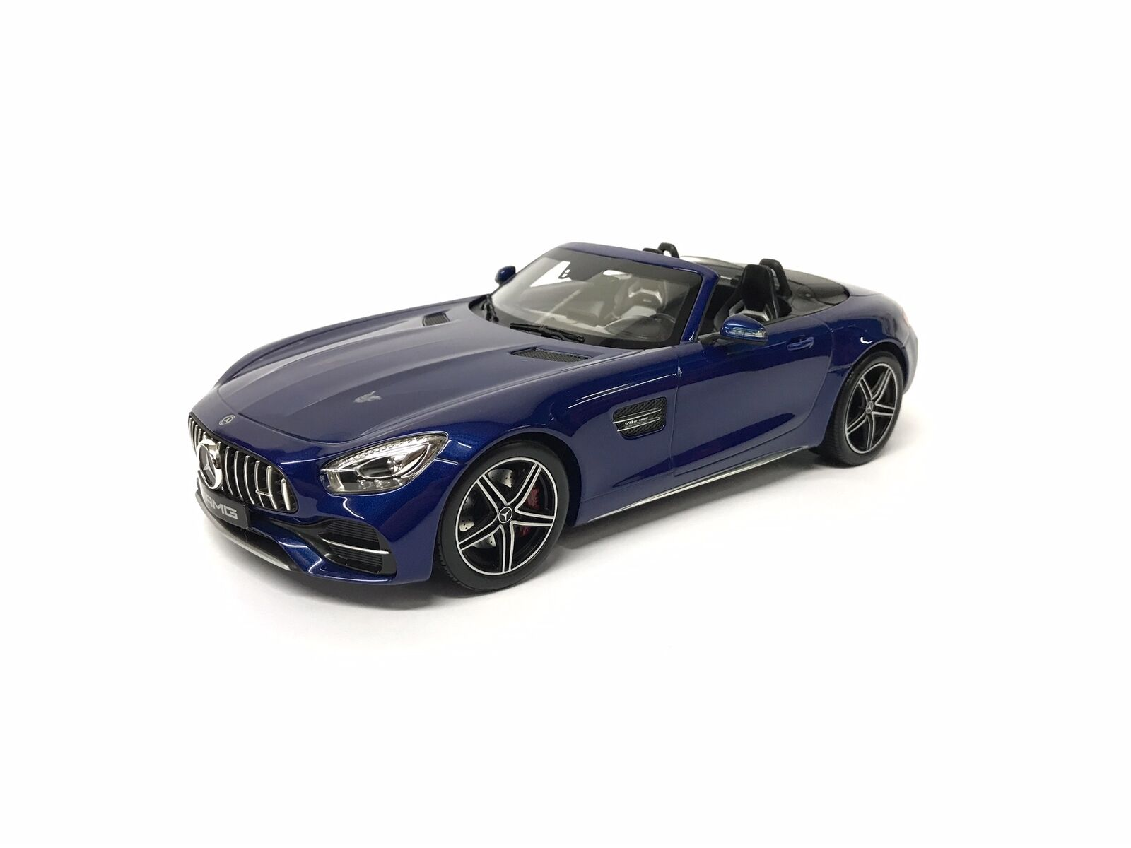 Mercedes Benz AMG GT C, b66960443 brilliantblau, 1 18 - norev