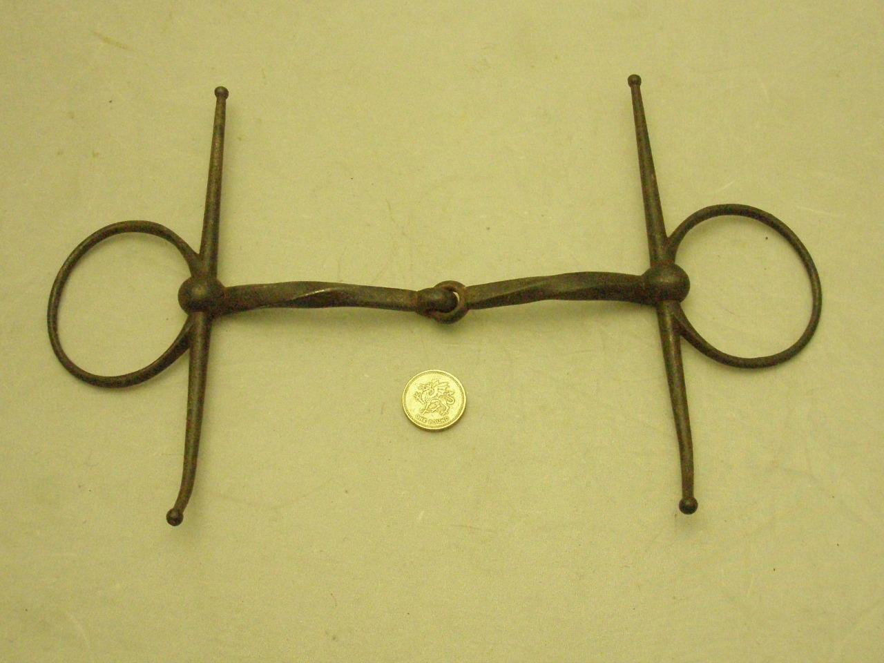 ANTIQUE IRON FULL CHEEK TWISTED SNAFFLE BIT - 6 1 4  COLLECTABLE EQUESTRIAN