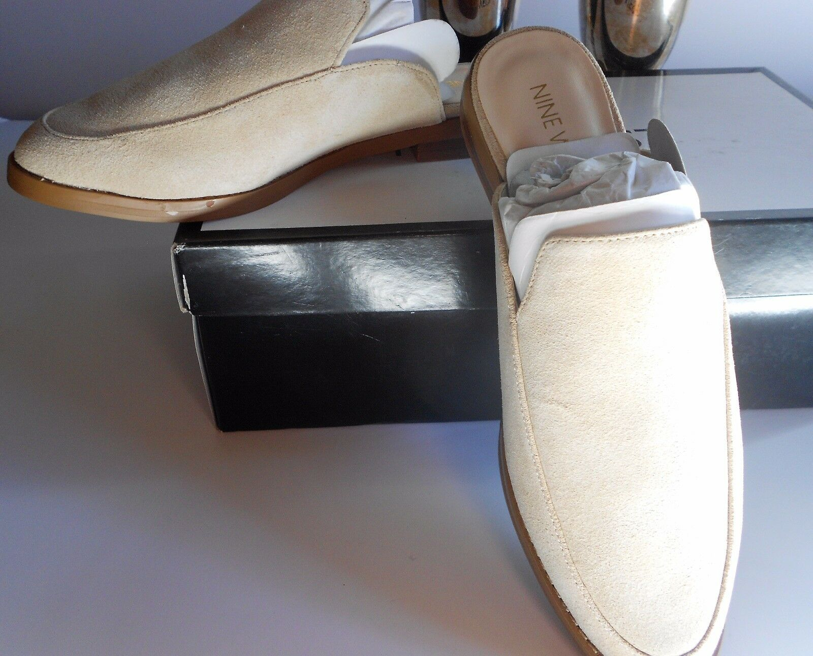 GORGEOUS NWT NINE WEST BEIGE SUEDE 6.5 BEAUTIFUL MULES  125