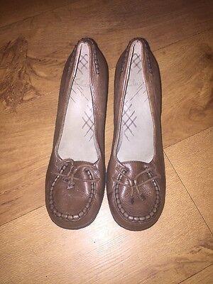 Clarks Verde Oliva De Cuero Tacones Zapatos Uk 6 * C1