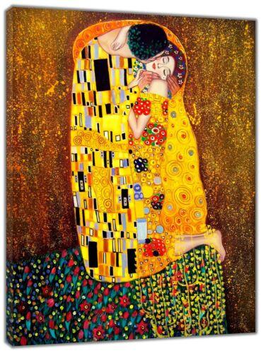 The Kiss  Oil Paint by Gustav Klimt  Re  print Framed CANVAS Wall Art Home Decor