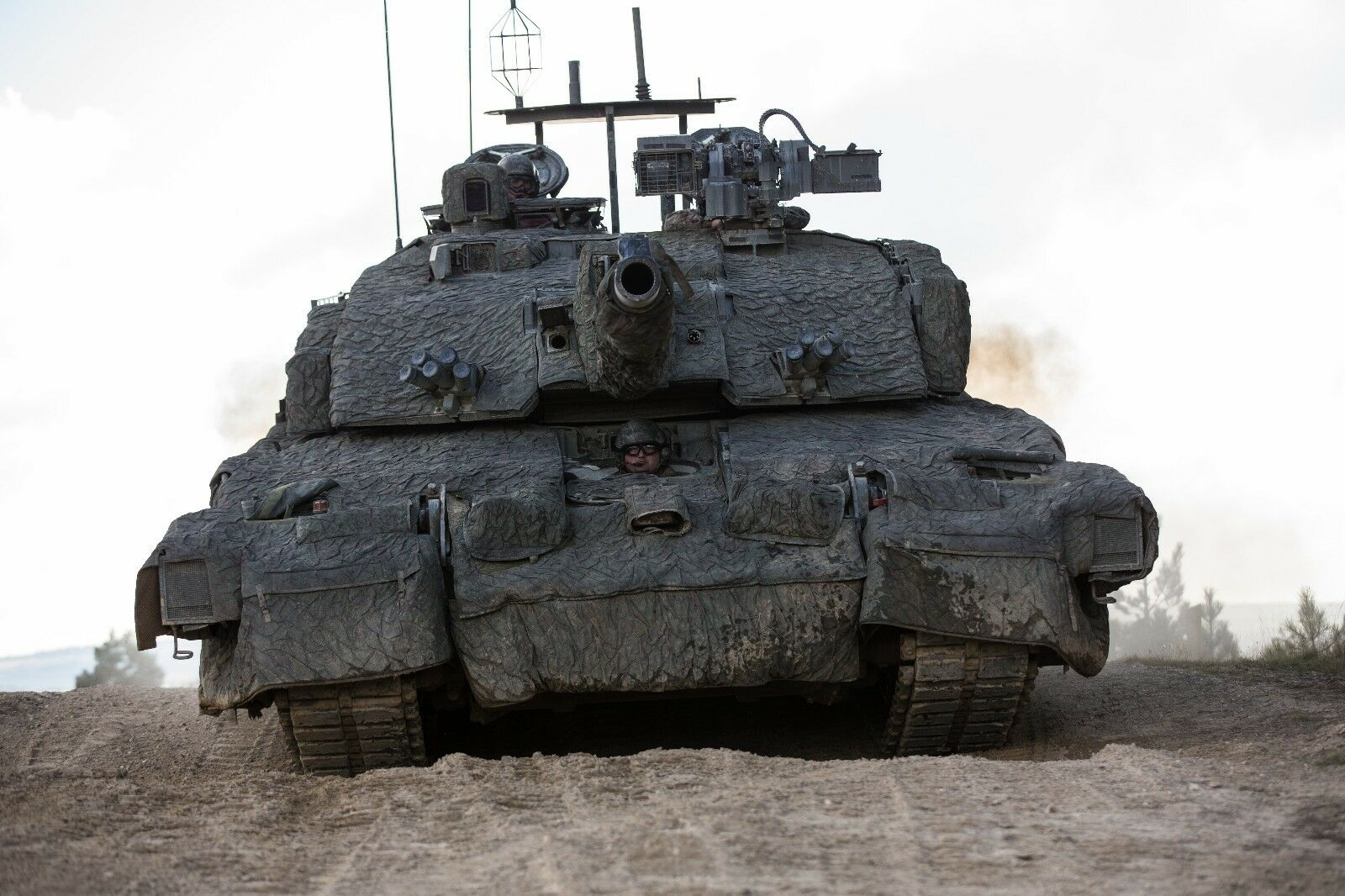 BRITISH ARMY CHALLENGER 2 MAIN BATTLE TANK  Photo Print