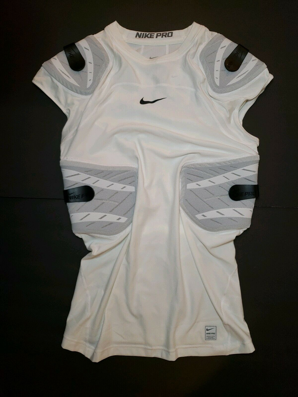 bd3fb655 NIKE PRO HYPERSTRONG COMPRESSION SLEEVELESS 4 PAD FOOTBALL TOP SHIRT WHITE