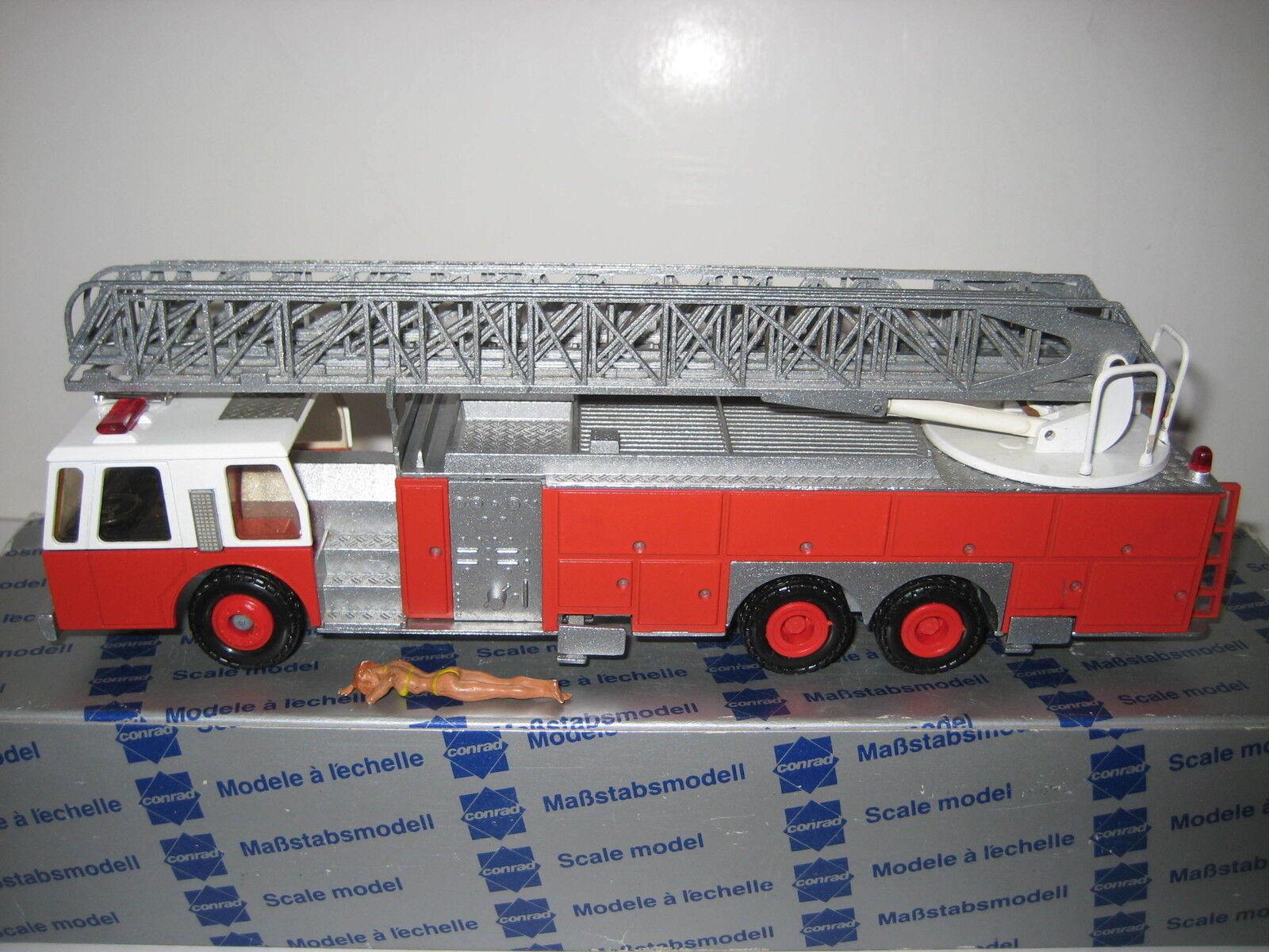 Pompiers One  5504 CONRAD 1 50 NEUF dans sa boîte