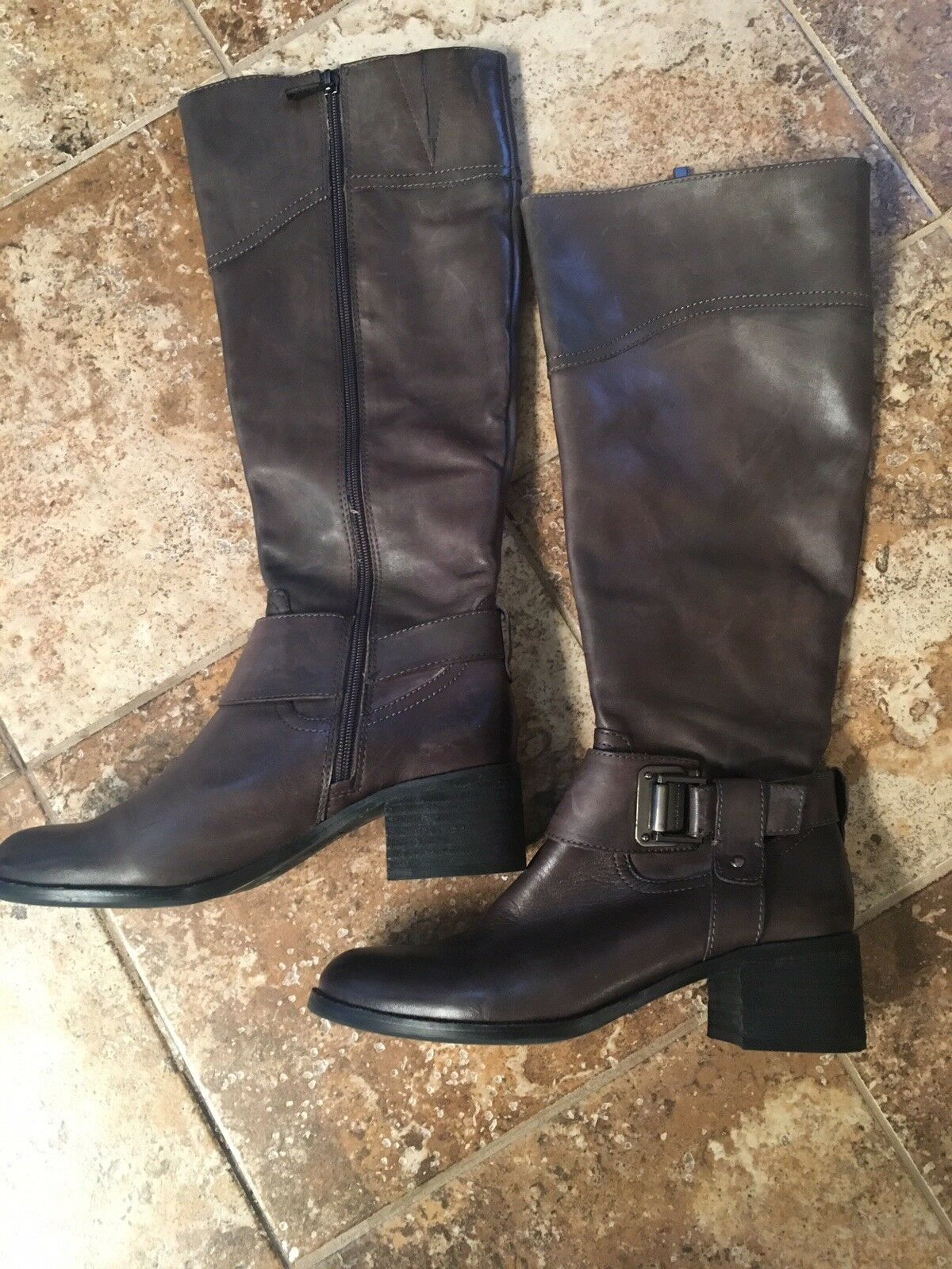 Vince Camuto brown Leather Knee High Boots Womens Size 9