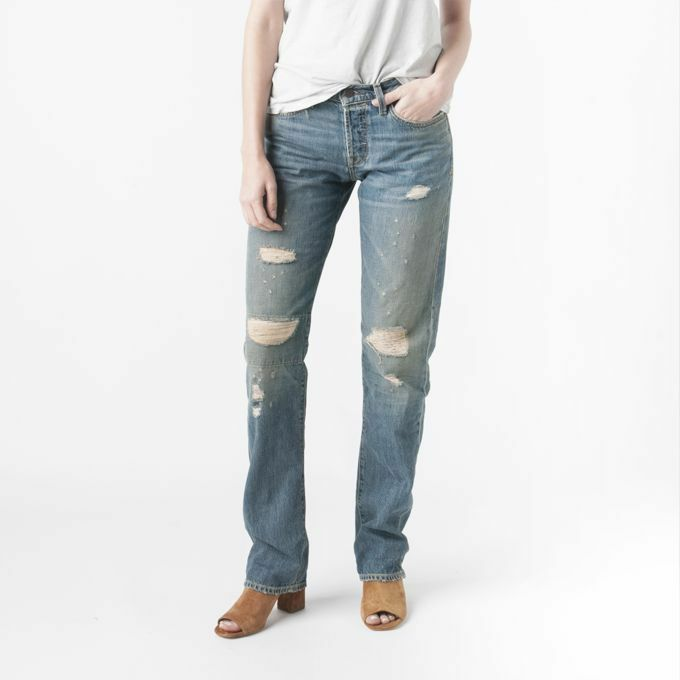 NEW Imogene + Wililie Ann Straight Boyfriend Jean in Halsey Distressed, Size 30