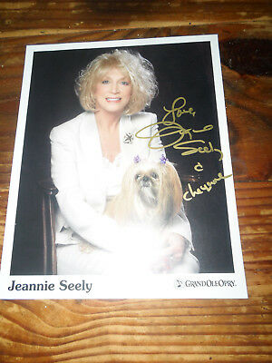 Autographs-original Country Legend Jeannie Seely Signed/autographed 8x10 Photo To Be Renowned Both At Home And Abroad For Exquisite Workmanship Skillful Knitting And Elegant Design