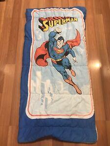 Vintage-Superman-Youth-Kids-Sleeping-Bag-Blanket-1970-s-54-x28-Decent-Shape
