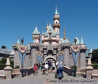 California Entrance ca 1959 Photo Disneyland