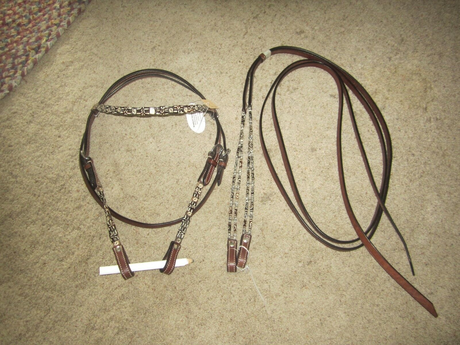 CLEARANCE    gorgeous TOP QUALTIY BONE BEADED HEADSTALL + 8 foot (96 ) REINS SET  reasonable price