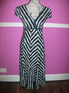 BNWT-NEW-M-amp-S-PER-UNA-NAVY-BLUE-GREY-STRIPED-FIT-FLARE-dress-8-M-look