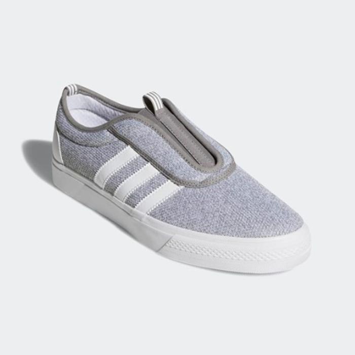 New Adidas Original Mens ADIEASE KUNG FU SLIP ON grau CQ1072 US M 7-10 TAKSE AU