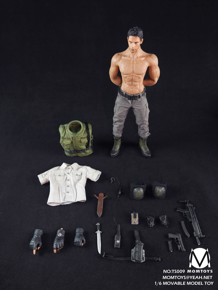 1/6 Momtoys Action Figure Biohazard Resident Evil Chris ROTfield S.T.A.R.S Alpha