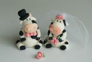 cow wedding cake toppers uk friesian cow and groom wedding cake topper 13034