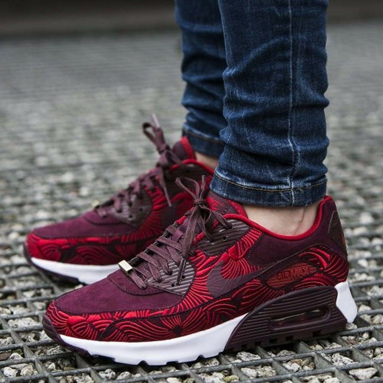 NIKE AIR MAX 90 ULTRA LOTC QS SHANGHAI NIGHT MAROON/GYM RED 847154-600 W SZ 7