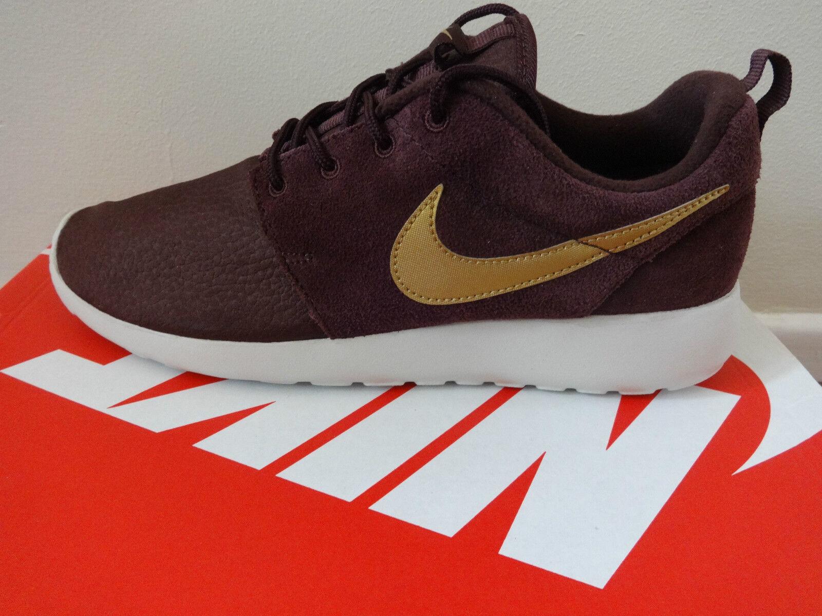 Zapatillas Nike Roshe Run Negras. Nuevas En Caja.