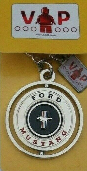 LEGO VIP KEYCHAIN KEYRING FORD MUSTANG CREATOR 10265 BRAND NEW