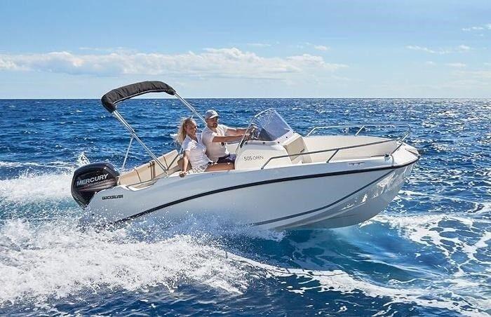 Quicksilver, Motorbåd, 5