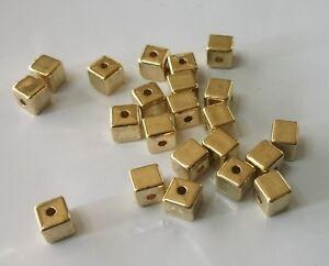 20-St-Wuerfel-Acryl-Gold-6-mm-Zwischenperle