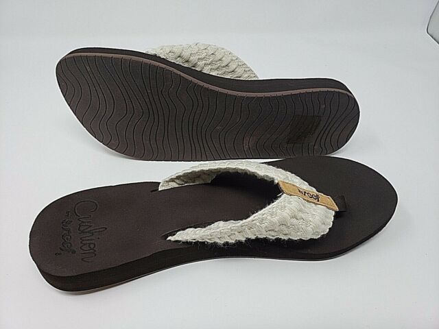 a79471c329e3 Reef Cushion Threads Knit Flip Flops 348 Vintage White 7 US for sale ...