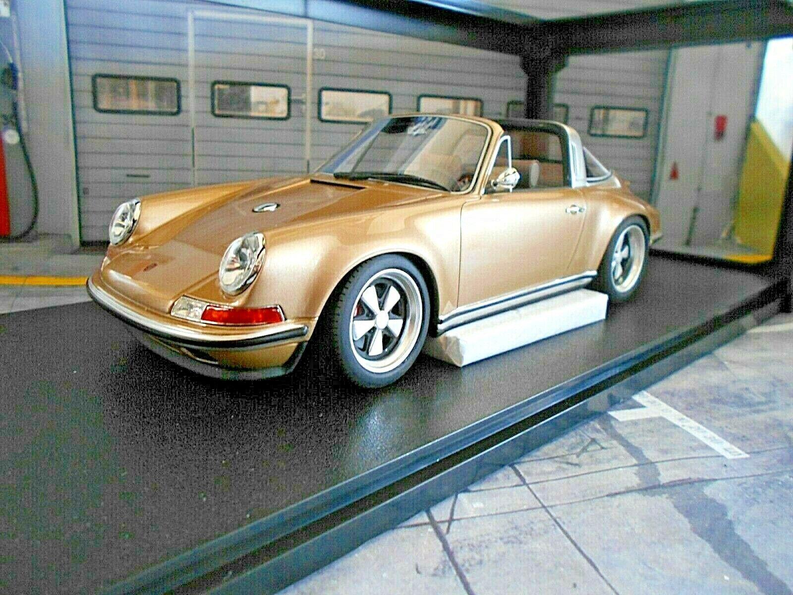 PORSCHE Singer Tuning 911 964 Targa Gold met 1990 Resin CULT Scale 1 18