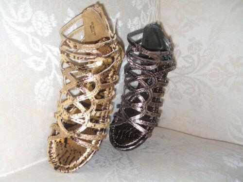 E-VIE Evie taille 3 ou 4 doré métallisé plat spartiates chaussures * NEUF *
