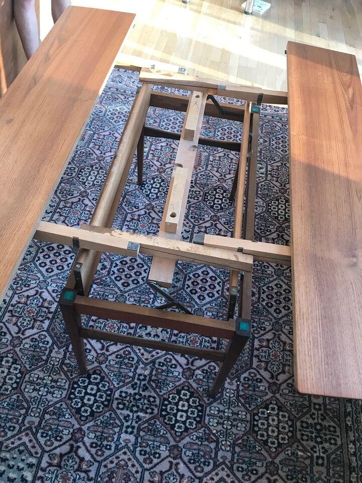 Sofabord, teaktræ, b: 57 l: 130 h: 55