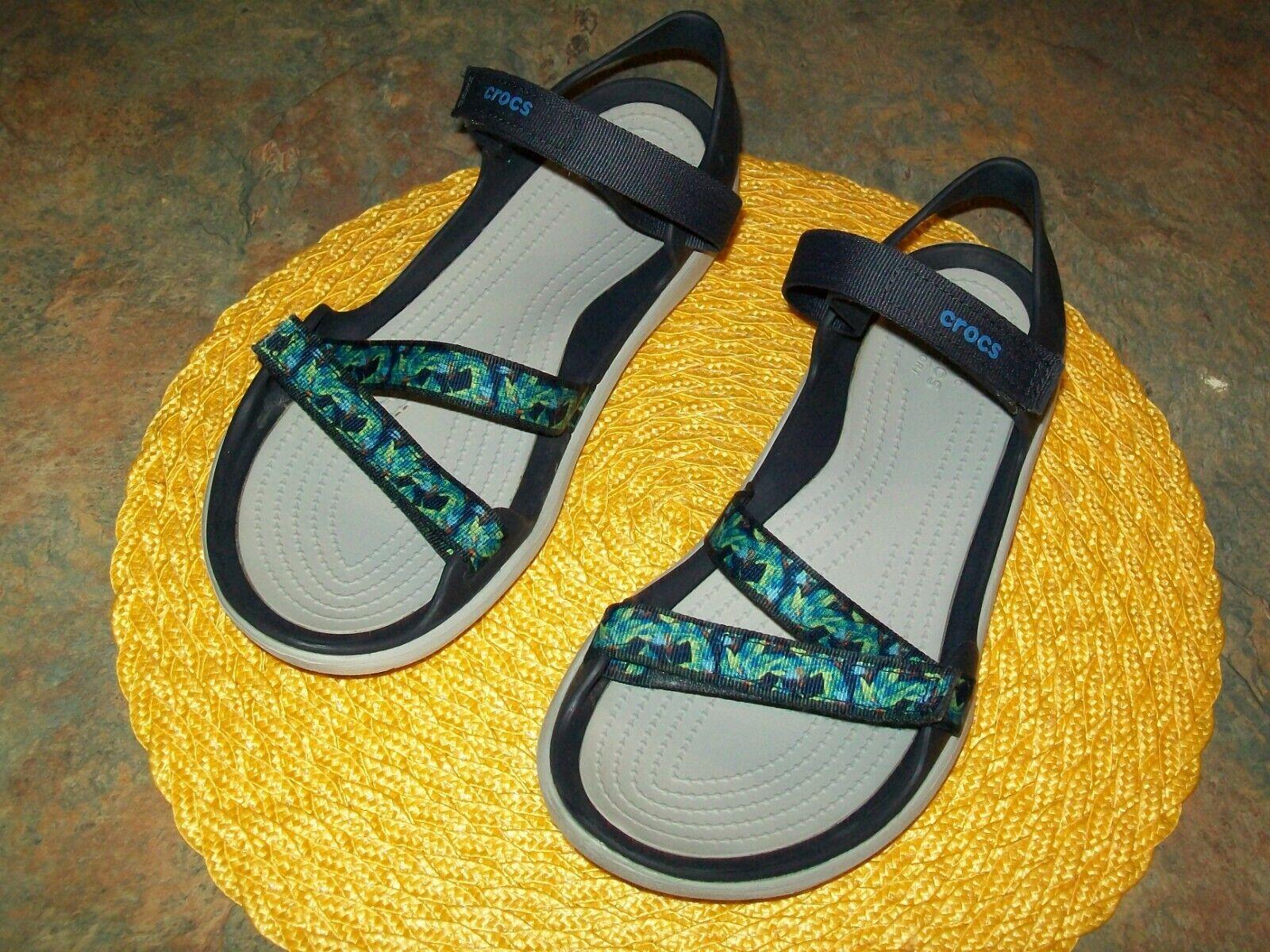 10 Paradise Pink//Smoke NEW Crocs Swiftwater Webbing Sandals Size 7