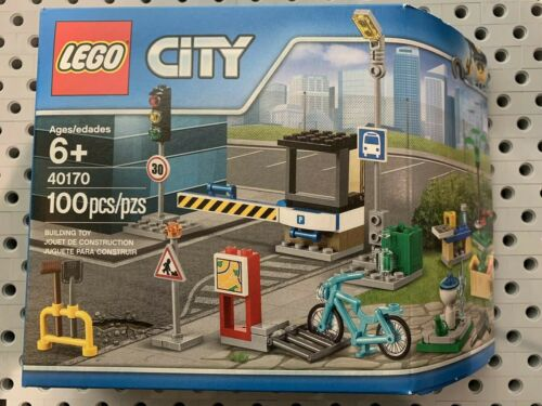 Lego 40170 City Expansion Accessory Set New In A Box