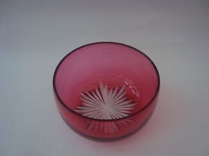 Cranberry Glass Bowl - <span itemprop=availableAtOrFrom>Ilkeston, Derbyshire, United Kingdom</span> - Cranberry Glass Bowl - Ilkeston, Derbyshire, United Kingdom