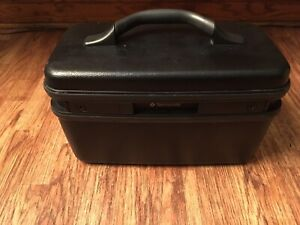 Vintage Samsonite Profile ii Train Case with Keys Black 1983