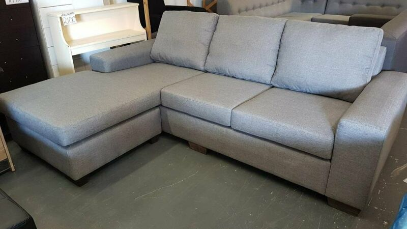 Day Bed L Shape Lounge Suite With Loose